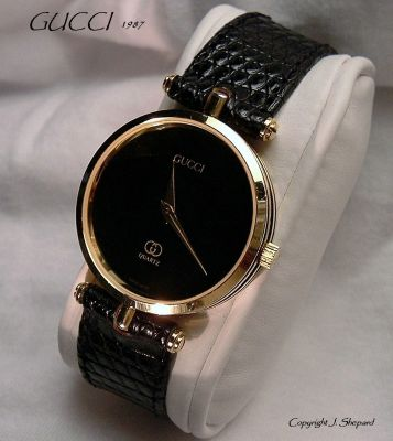 gucci quartz watch. i also think that most speculation on the extended life of quartz watches is conjecture anyway, as said, time will tell. gucci watch s